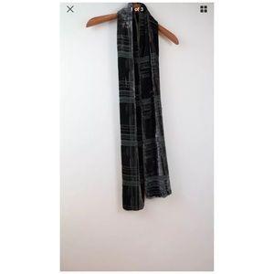 Lilith green velvet velour scarf